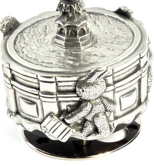Bunnies Piccadilly Circus Music Carousel - Pewter Musical Box by Royal Selangor Thumbnail 5