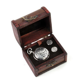 Celtic Quartered Knot - Treasure Chest Pocket Watch and Cufflinks Gift Set