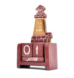 Red Brick Lighthouse Wooden Block Calendar Thumbnail 2