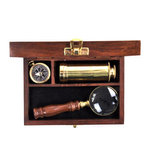 Darwin Explorer Set - Brass Hand Telescope, Magnifying Glass and Compass in Wooden Presentation Box - For Navigators and Sailors. Thumbnail 2
