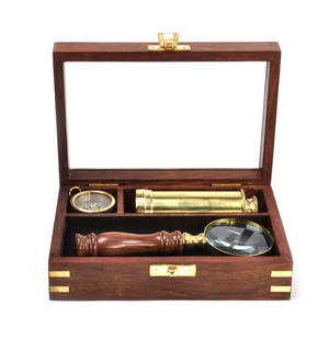Darwin Explorer Set - Brass Hand Telescope, Magnifying Glass and Compass in Wooden Presentation Box - For Navigators and Sailors. Thumbnail 6