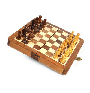 "Deluxe Folding Wooden Magnetic Travel Chess - 7"" / 17cm Square with Travel Bag"
