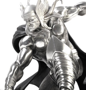 Thor - Marvel Limited Edition Figurine / Sculpture by Royal Selangor Thumbnail 3