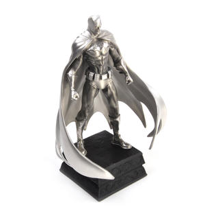 Batman Caped Crusader - Figurine / Sculpture by Royal Selangor Thumbnail 6