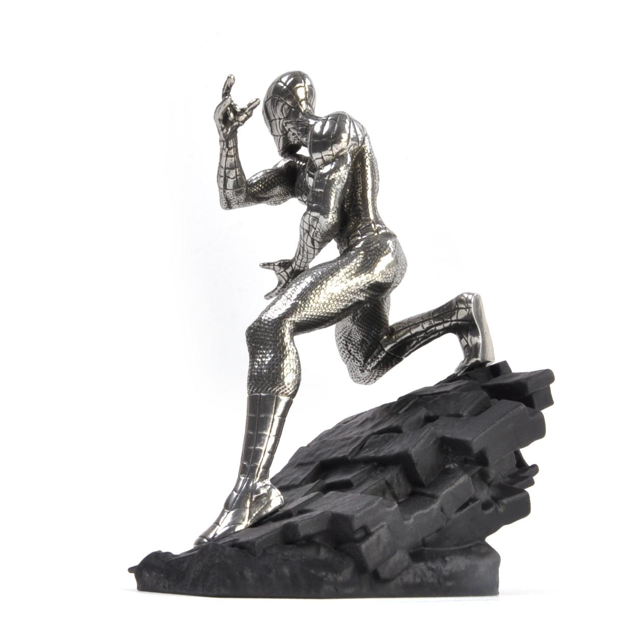 Sculpture by Royal Selangor Marvel Figurine Spiderman Webslinger