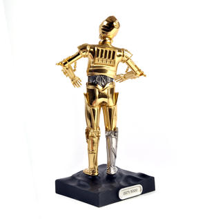 C3PO - Star Wars Ltd Edition Gold Figurine by Royal Selangor Thumbnail 2