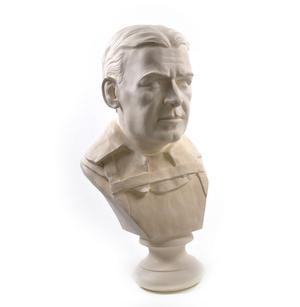 Sir Ernest Shackleton - Life-size 25kg Plaster Bust Statue Thumbnail 2