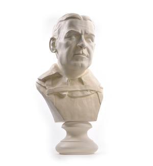 Sir Ernest Shackleton - Life-size 25kg Plaster Bust Statue Thumbnail 6