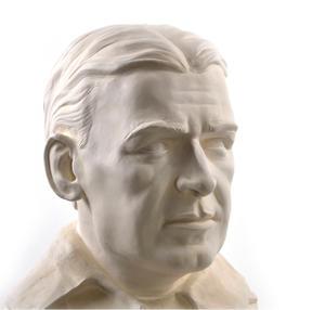 Sir Ernest Shackleton - Life-size 25kg Plaster Bust Statue Thumbnail 7
