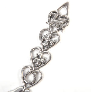 Open Hearts Welsh Lovespoon - Everlasting Welsh Love Spoon Forged in Pewter Thumbnail 2