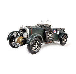 4.5 Litre Blower Bentley Tin Plate Model Thumbnail 2