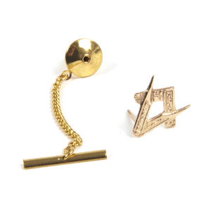 Solid Gold Masonic Lapel Pin / Tie Pin /  Tie Tac with Chain Thumbnail 2