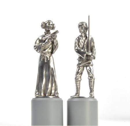Luke and Leia - King and Queen Star Wars Chess Pieces by Royal Selangor