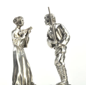 Luke and Leia - King and Queen Star Wars Chess Pieces by Royal Selangor Thumbnail 3