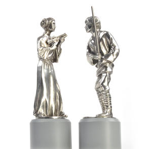 Luke and Leia - King and Queen Star Wars Chess Pieces by Royal Selangor Thumbnail 4