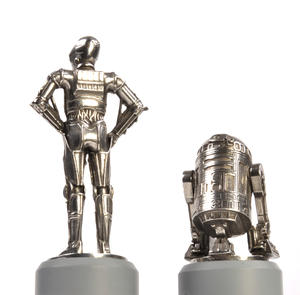 R2-D2 and C-3PO - Knight Star Wars Chess Pieces by Royal Selangor Thumbnail 3