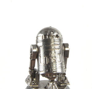R2-D2 and C-3PO - Knight Star Wars Chess Pieces by Royal Selangor Thumbnail 5