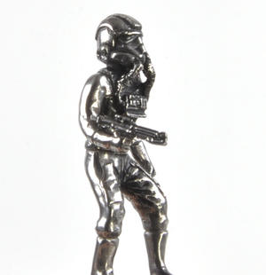 Rebel and Imperial Pilot  - Rook Star Wars Chess Pieces by Royal Selangor Thumbnail 3