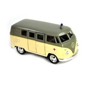 Volkswagen Camper - Cream Krankenwagen German Model Ambulance Thumbnail 4