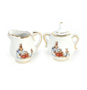 Beatrix Potter Peter Rabbit & Family Tea Set in Hatbox Thumbnail 3