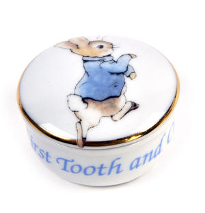 Beatrix Potter Peter Rabbit First Tooth and Curl Round Box Thumbnail 1
