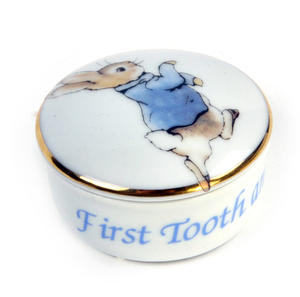 Beatrix Potter Peter Rabbit First Tooth and Curl Round Box Thumbnail 3