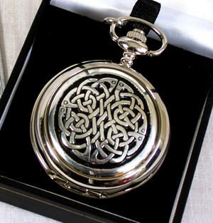 Celtic Neverending Knot Pocket Watch Thumbnail 1