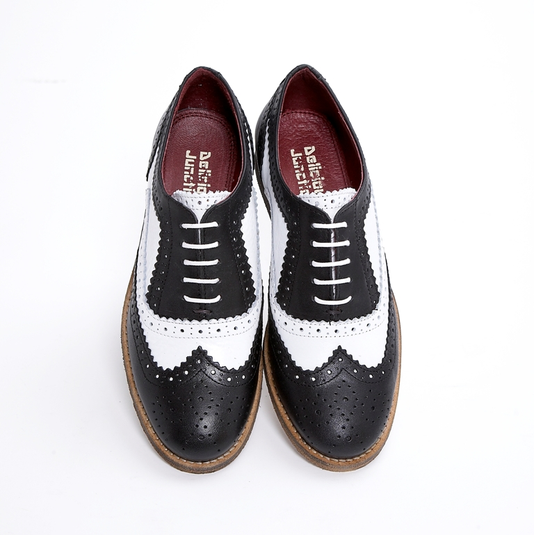 2831a2d8374 Delicious Junction Ladies Womens Leather Brogue Black / White 39