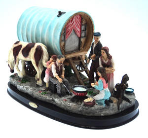 Hand Made Gypsy Caravan Scene with Caravan Ornament Preview