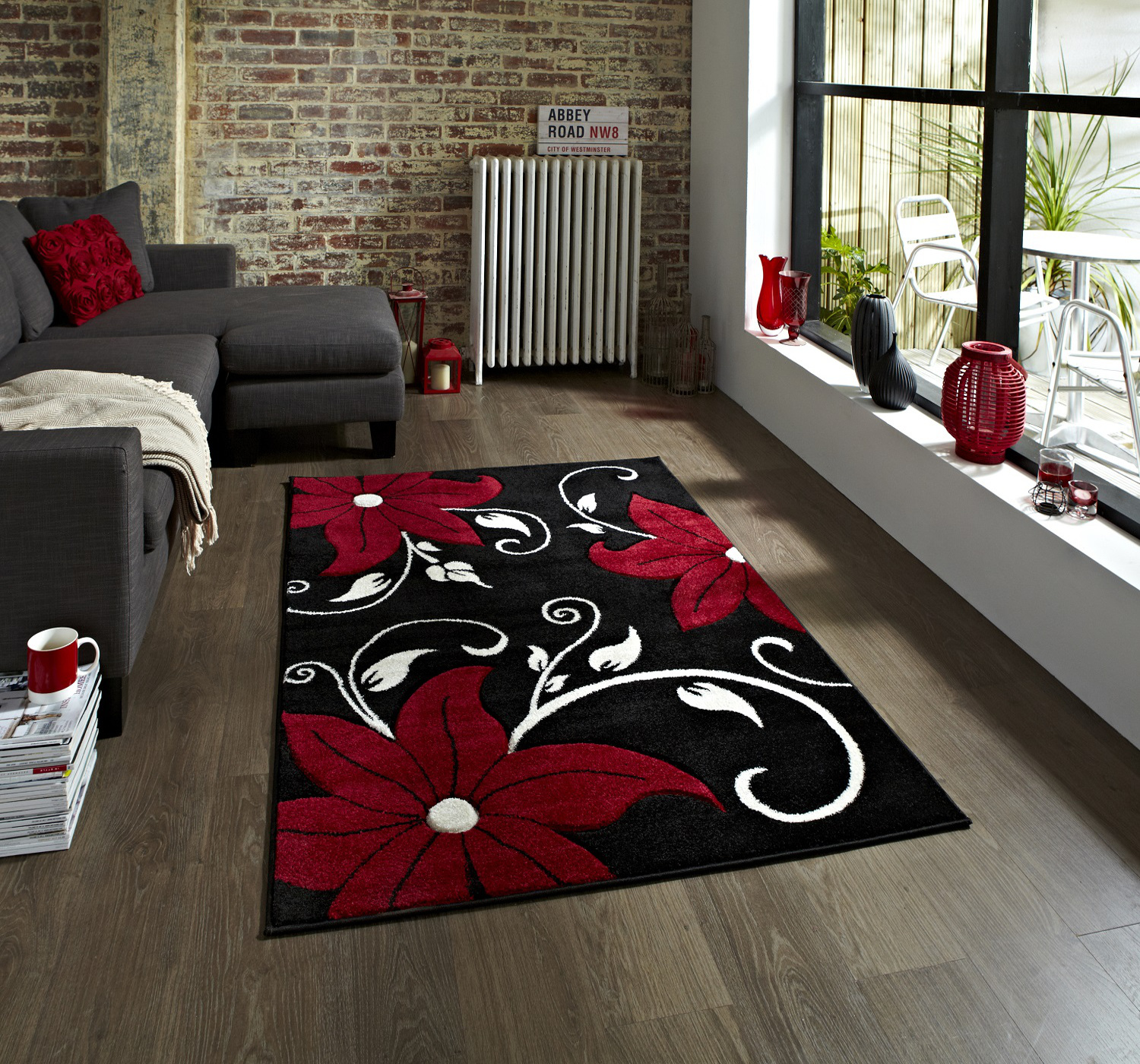 Black Red Fl Hand Carved Effect Rug 100