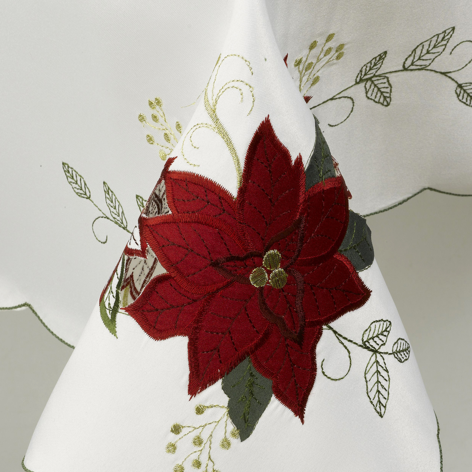 Beautiful Xmas Table Linen Part - 10: Floral Embroidered Christmas Tablecloth Festive Xmas Table Linen Scalloped  Edge