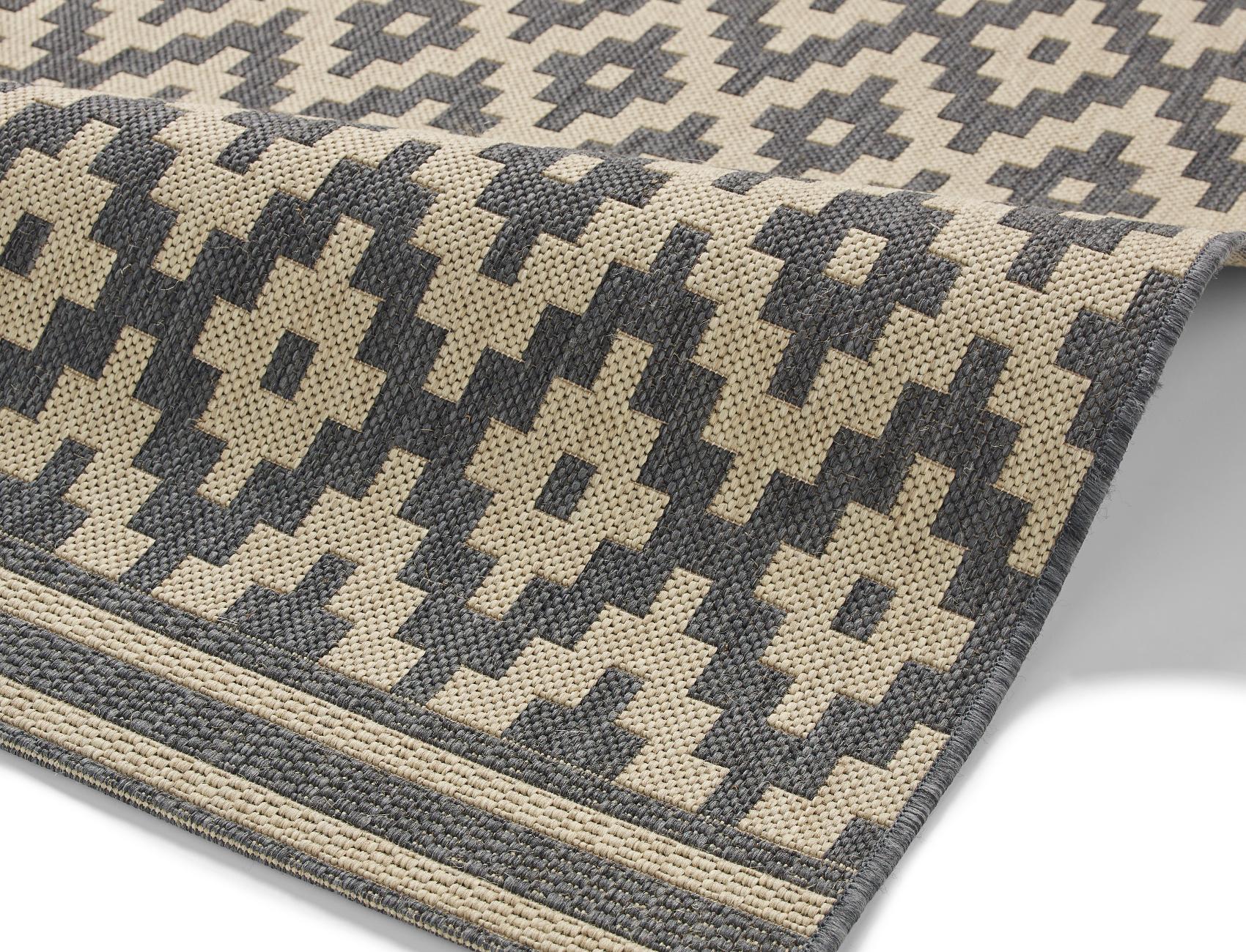 Cottage Diamond Rug Machine Made Flat Weave Polypropylene Durable
