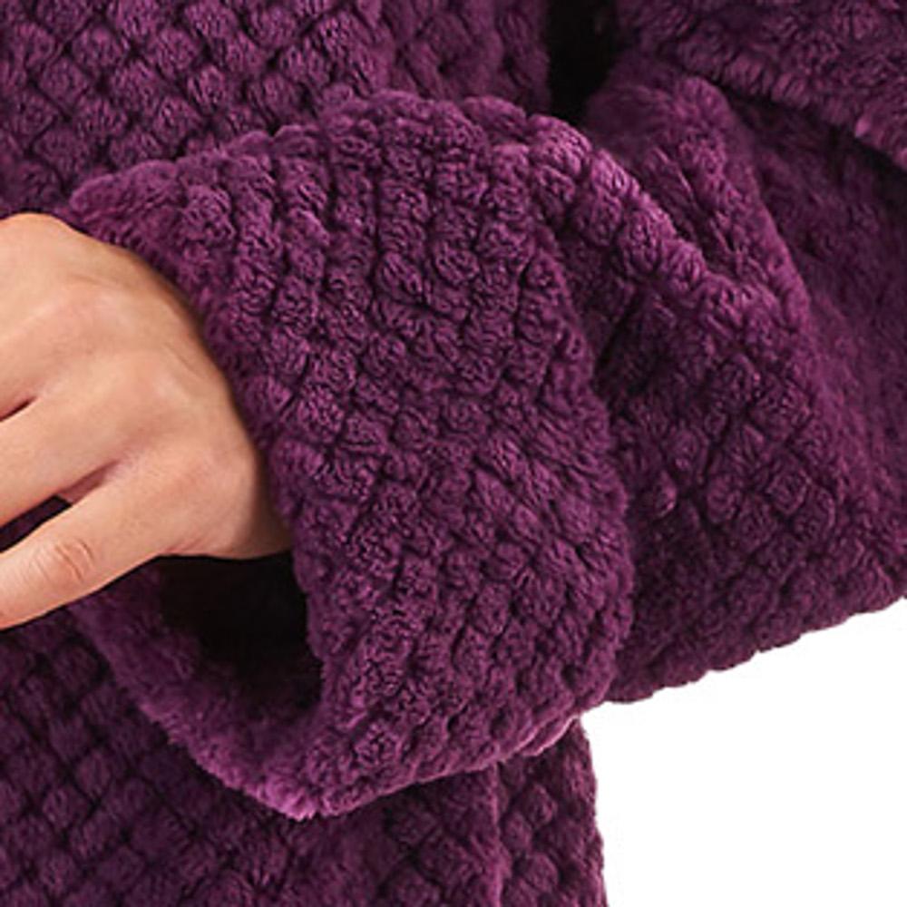 0f7fe88816 HC8317-slenderella-ladies-womens-button-up-waffle-fleece-dressing-gown -plum-close-up-2.jpg