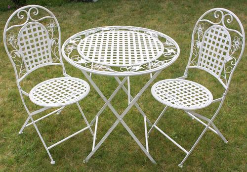 Maribelle Table And Round Chairs
