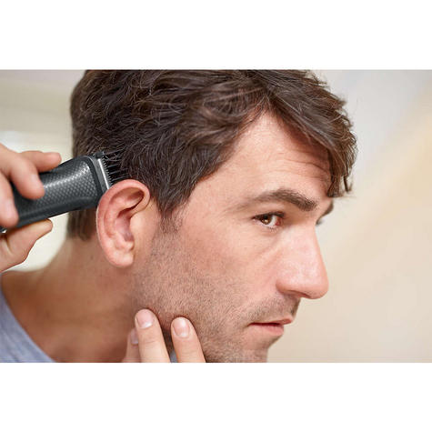 Philips 9 in 1 Multigroom?Face?Nose?Body?Hair?Trimmer Clipper Set?MG3747/13?NEW? Thumbnail 6