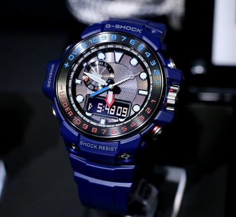 Casio G-shock 55.8 mm Radio Controlled Marine Watch|Tide Graph|Storm Alarm|Blue| Thumbnail 2