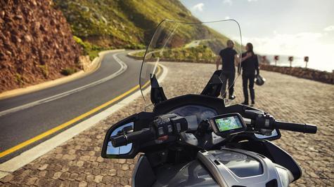 TomTom Rider 420 Motorcycle GPS-SatNav Navigation Bluetooth *Lifetime EU Map+Traffic+Camera Alerts Thumbnail 8