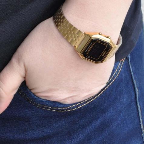 Casio LA-680WEGA-9BER Ladies Gold Plated Digital Watch / Gold Case / Black Dial / NEW /  Thumbnail 2