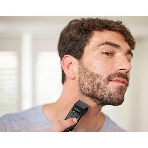 Philips MG3710/13 Multigroom Series 3000 6-In-1 Body Face Clipper Trimmer Kit Thumbnail 5