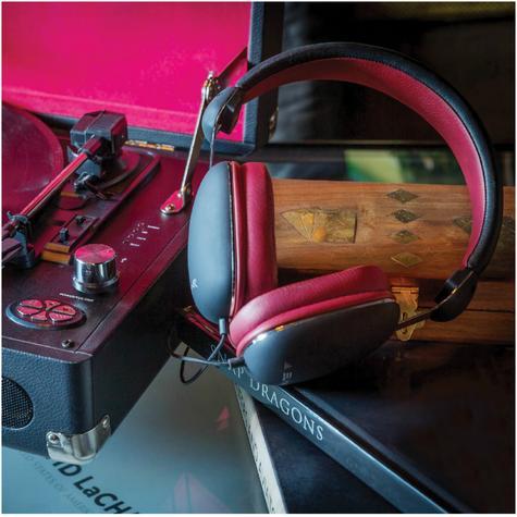 Elyxr Audio ELX-1005 Fusion On-Ear Wired Headphones|Dynamic Audio|Black and Burgandy  Thumbnail 5