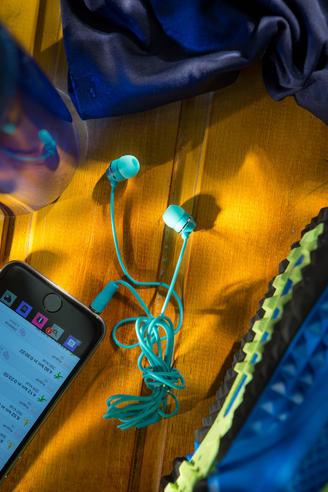 Jivo JI-1060BL Jellies In-Ear Noise Isolating Earphone|Soft & Comfy|Blueberry|New Thumbnail 5