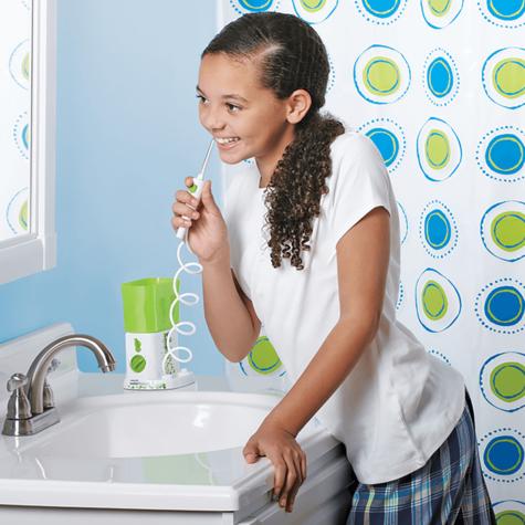 Waterpik Nano Water Flosser Jet | Maximum Flossing Convenience | Kids Oral Care | WP260 Thumbnail 4