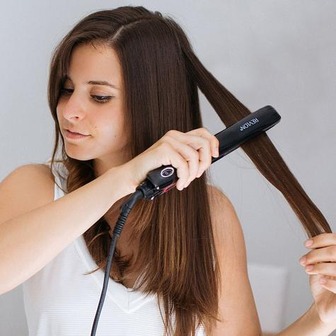 Revlon Pro Collection One Pass Hair Styler/Straightener   LCD Digital Display   ST2167 Thumbnail 3
