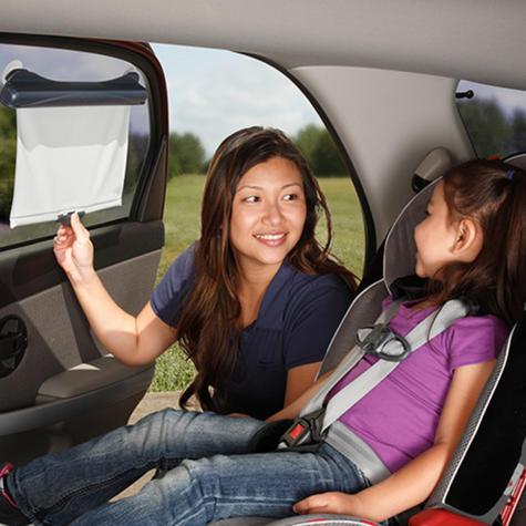 Diono Solar-Max Retractable Universal Car Window Sun Shade For Baby   Lightweight Thumbnail 3