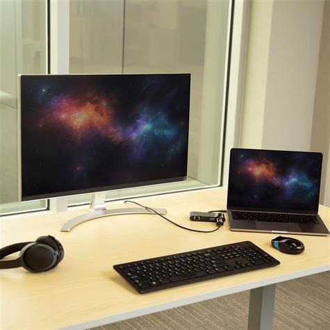 StarTech USB Type-C to 3.0/4K HDMI/VGA/Gigabit Ethernet Multiport Adapter | For Laptops Thumbnail 7