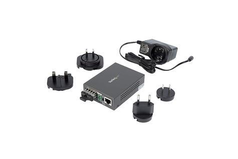 StarTech.com Gigabit Ethernet to SC Fiber Media Converter | 1000Base-LX | MCMGBSCSM1 Thumbnail 6