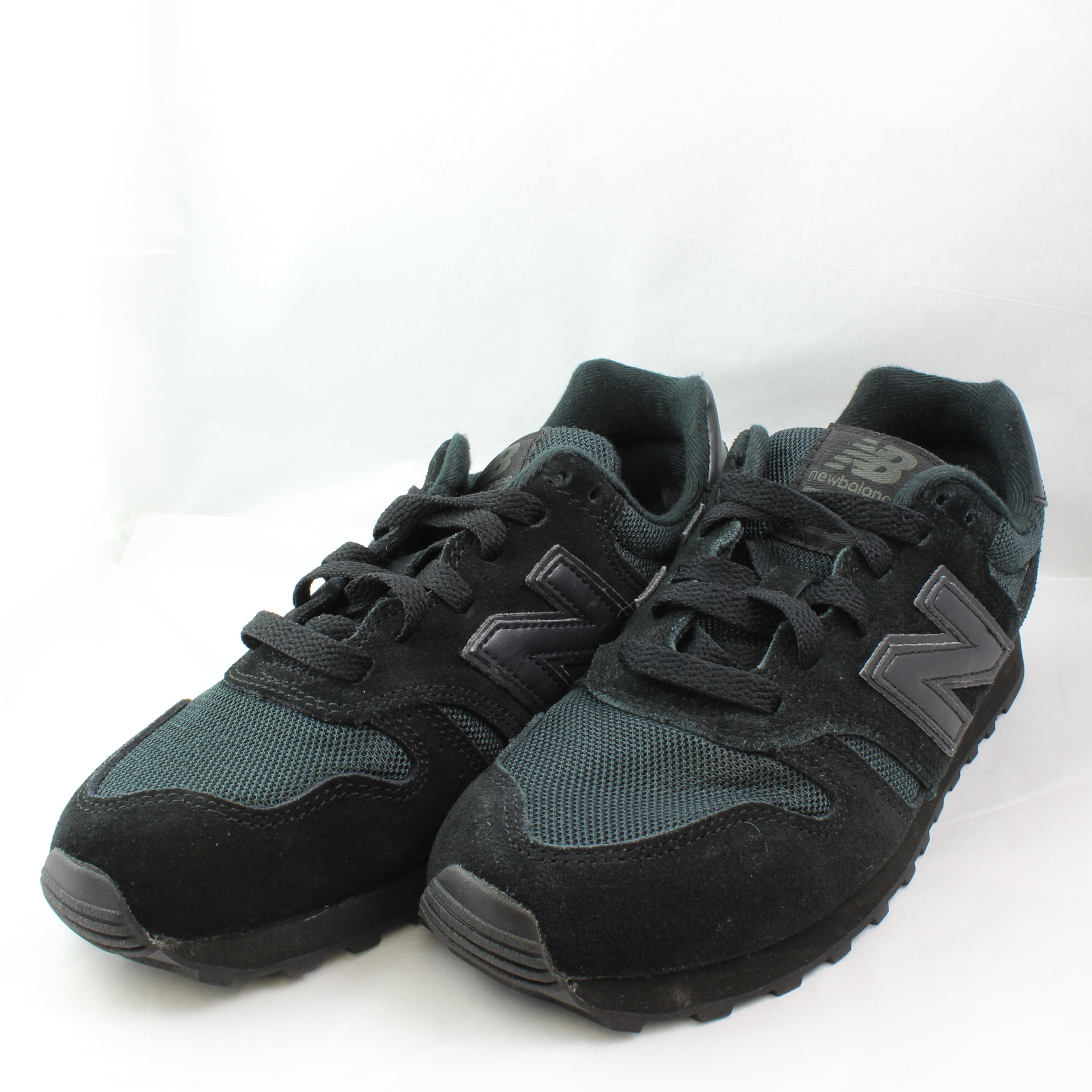 373 Trainers In Black - Black New Balance