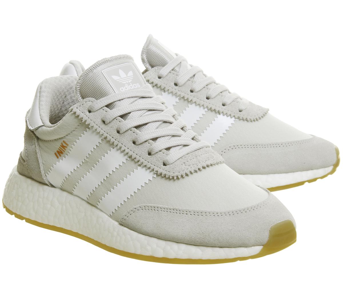 damen adidas iniki runners grau grau one gum sneaker ebay. Black Bedroom Furniture Sets. Home Design Ideas
