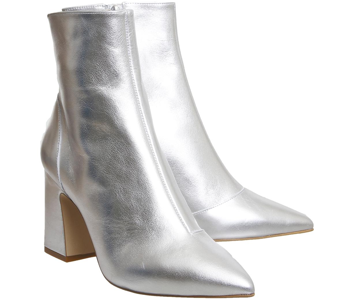 7d22678100d ... Mujer Botas taco de bloque en oficina alto botas de cuero de plata ...