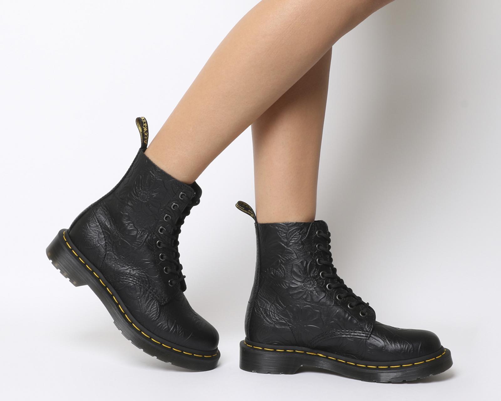 d3859c174a3d1c WÄCHTER Damen Dr. Martens 8 Öse schnüren hoch Stiefel BLACK FLORAL Relief  Stiefel